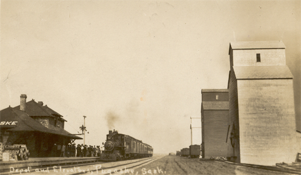 Tugaske station & Grain elevators